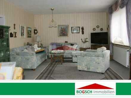 BOGSCH Immobilien – DHH sucht Mieter – vollständig eingerichtet + Nebengeb. + Dachterrasse + Garten