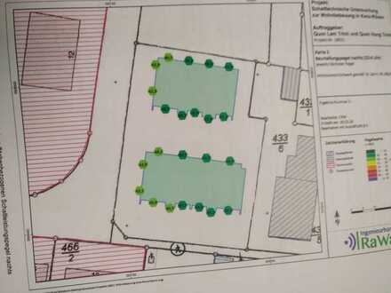 Baugrundstück mit genehmigtem Projekt (2 MFH mit Gewerbe)