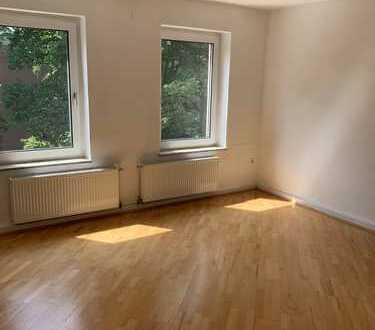 Essen-Süd/ Moltkeviertel 3,5-Zimmer. Top Lage. Große, helle Zimmer.