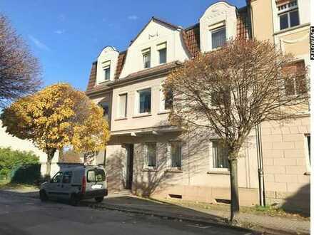 Vermietete Kapitalanlage: Teilsaniertes Mehrfamilienhaus (Altbau) mit 5 Wohneinheiten in Holzwickede