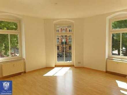 Ruhig Wohnen in Dresden-Cotta! Schöne 3-Zimmerwohnung mit Balkon und modernem Laminat!