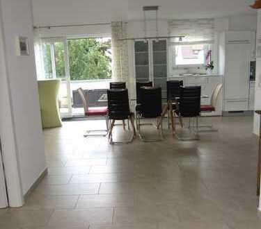 Gepflegte 3,5-Zimmer-Maisonette-Wohnung mit Balkon und EBK in Ostfildern-Nellingen, Kreis Esslingen