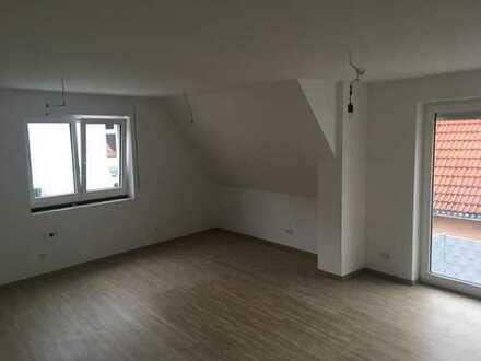 Erstbezug: ansprechende 3-Zimmer-Maisonette-Wohnung mit Einbauküche in Forchheim