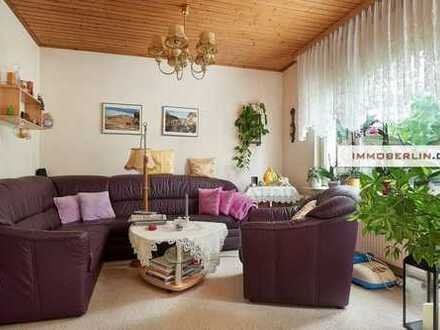 IMMOBERLIN: Gepflegtes Einfamilienhaus auf Grundstücksparadies