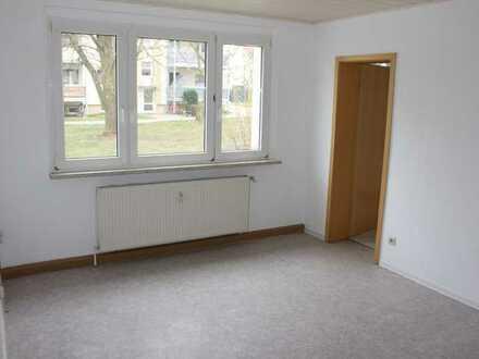 3 Monate mietfrei !!! Provisionsfreie 2-Raumwohnung im Erdgeschoss sucht neue Bewohner !!!