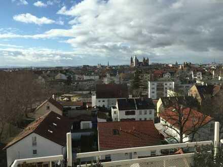 Über den Dächern von Worms: 5-Zimmer-Maisonette-Wohnung mit Balkon und Einbauküche in Worms