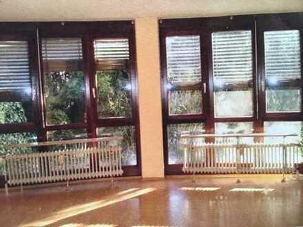 Helle 1-Zimmer-EG-Wohnung mit EBK in Rastatt