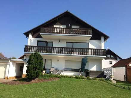 Schöne 3-Zimmer-DG-Wohnung zur Miete in Karlstein am Main