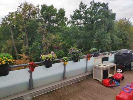 Aktuell KEINE Besichtigungstermine: 5-Zimmer Penthouse mit Waldblick – von privat