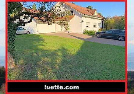 schöne, ruhige 4 ½-Zi-Maisonette-Wohnung in 2-FamH., ca. 144 m² Wohnfl., EBK, Terrasse, Gartennut...