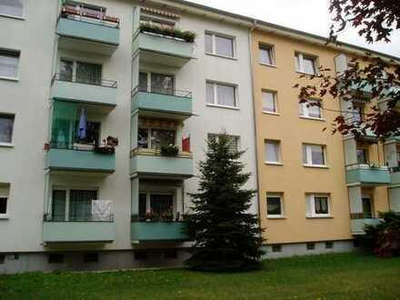 2-Raumwohnung mit Balkon im Grünen!