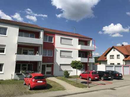 Modernisierte 5-Zimmer-DG-Wohnung Teilmöbliert mit Balkon und Einbauküche in Krauchenwies