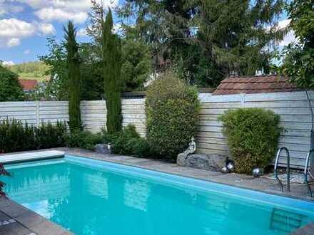 sofort verfügbares, hochwertiges Einfamilienhaus, mit Schwimmbad, in Grenzach-Wyhlen zu verkaufen