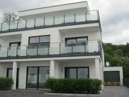 NEUZUSTAND: Exklusive Villa * Repräsentativ und modern * Linden-Forst