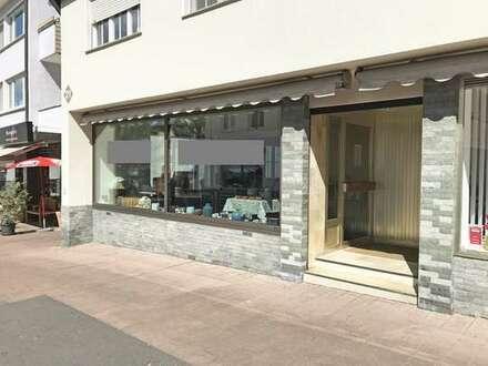 Modernes und attraktives Büro mit großen Schaufenstern in der Fußgängerzone am Vaihinger Markt!