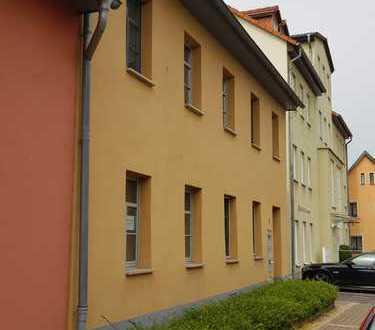 Gepflegte 2-Zimmer-EG-Wohnung mit EBK in Artern