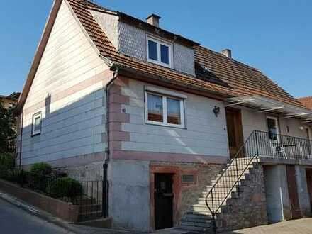 Einfamilienhaus mit Scheune in Bad König
