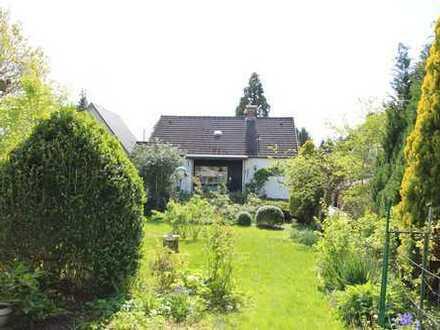 KRONSHAGEN Einfamilienhaus mit ca. 200 m² Nutzfäche zuzüglich ausbaufähigem Dachgeschoß ca. 90 m²