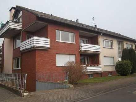 Großzügige Komfortwohnung mit Balkon und Riesenloggia sowie sep. Gäste-WC in Kamen-Methler