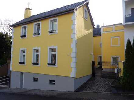 Wunderschönes Mehrfamilienhaus mitten in Bonn-Muffendorf zu verkaufen!