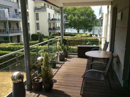 Großzügige Wohnung inkl. TG-Stellplatz mit Rheinblick!