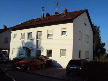 1 Zimmer Wohnung mit Balkon und Außenstellplatz in Konzenberg