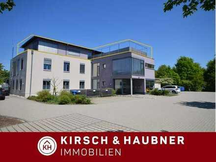 Hochwertig und sofort frei! 3 ½-Dachterrassenwohnung der Extra-Klasse im Wohn-& Geschäftshaus, ...