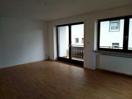 Schöne fünf Zimmer Wohnung in Rottal-Inn (Kreis), Roßbach