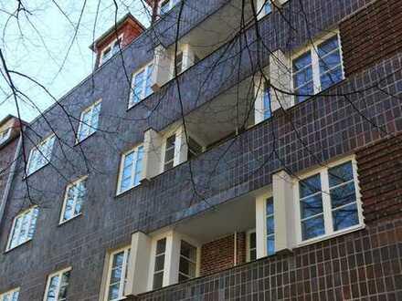 Geschichte(n) in echtem Hamburger Backstein: Wohnung mit Stil. Und extra viel Nutzfläche.