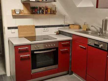 Modernisierte 2-Zimmer-Wohnung mit Einbauküche in Schömberg