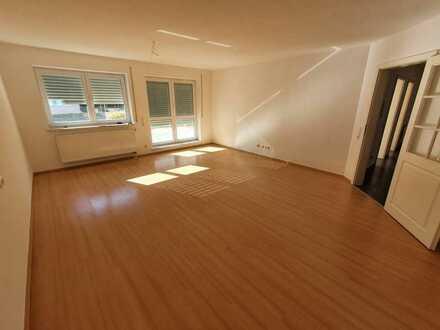 Helle 4-Zimmer/Küche/Bad-Terrassenwohnung in Buchloe