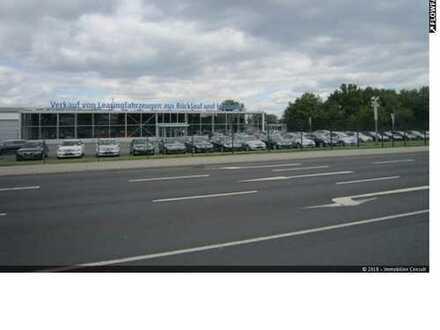 883 m² Verkaufshalle mit grosser Freifläche zu vermieten