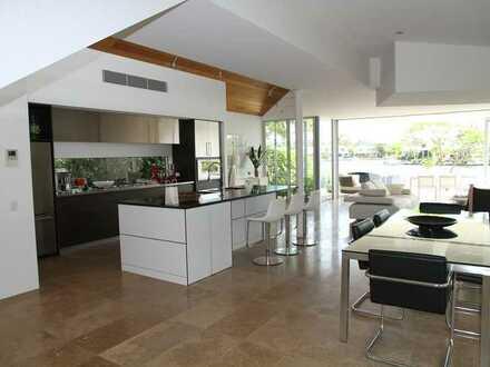 Exquisit und Außergewöhnlich: neu modernisierte Villa im Landkreis Lörrach zu verkaufen