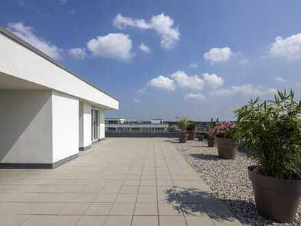 Design Penthouse puristisch - 9. OG , 2 - 3 Zimmer, Dachterrasse 240 qm - Blick in die Alpen