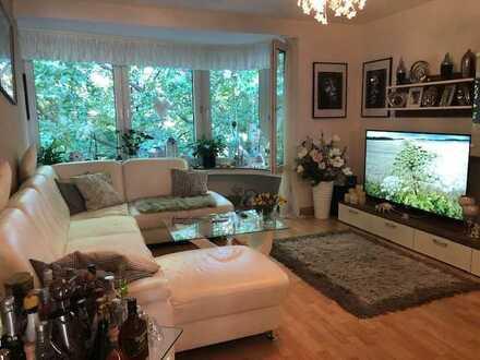 3 Zimmer Wohnung mit 2 Balkonen in ruhiger, zentraler Lage
