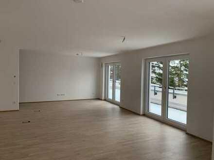**Besichtigung am Sonntag **Exklusives 2-3 ZKB Neubau-Penthouse im Loftstyle ** Toplage in Mering **
