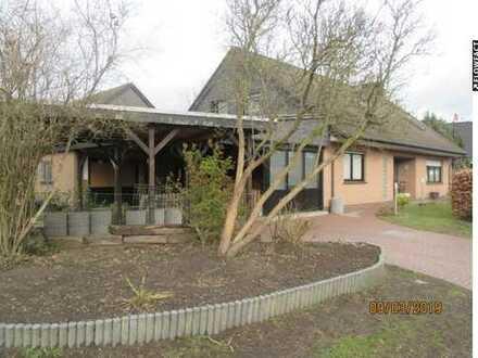 Geräumiges Einfamilienhaus mit 9 Zimmer in ruhige Siedlung nahe Friesoythe!!