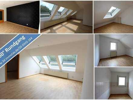 Perfekt für Singles oder Paare! Schön geschnittene Dachgeschosswohnung in gutem Zustand - bezugsfrei