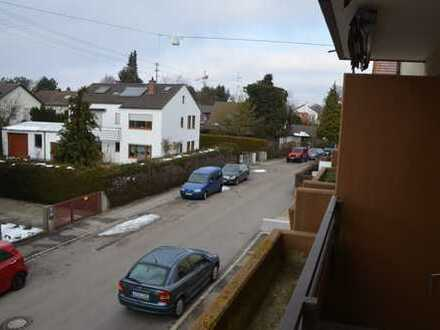 Erstbezug nach Sanierung mit EBK und Balkon: exklusive 1-Zimmer-Wohnung in Augsburg-Göggingen