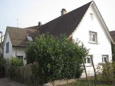 Haus statt Wohnung: Kleines Einfamilienhaus in Renchen-Ulm!
