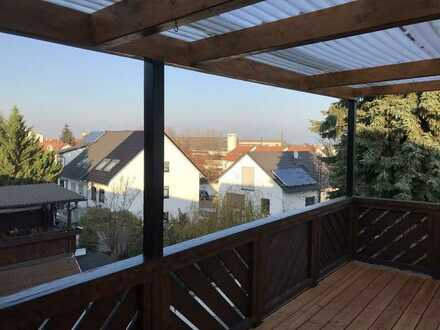 Modernisierte 3-Zimmer-Loft-Wohnung mit Balkon und EBK in Oftersheim
