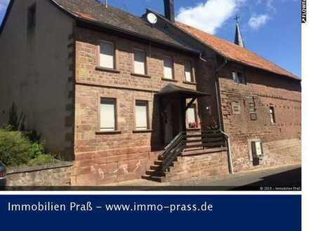 TOP-Gelegenheit! Ein- bis Zweifamilienhaus mit Scheune und Nebengebäude in Bärweiler zu verkaufen