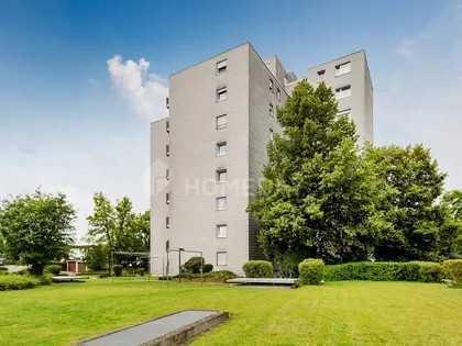 Sonnige, 3-Zimmer-Wohnung mit Balkon und Einbauküche in Weil im Schönbuch