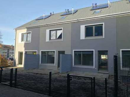 Ihre Alternative zur Eigentumswohnung? Reihenmittelhaus mit pflegeleichtem Grundstück