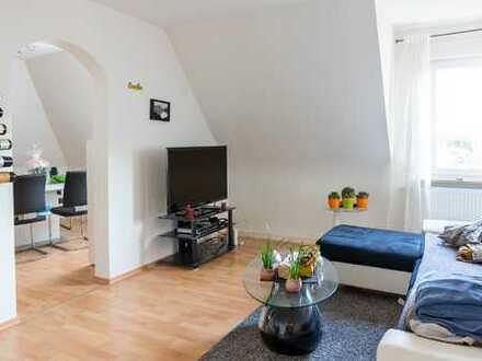 Gemütliche Drei-Zimmer-Dachgeschosswohnung in ruhiger Lage von Stuttgart Münster