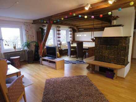 Große 4-Zimmer-Wohnung mit Balkon auf Biohof in Ursensollen