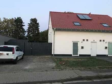 Schönes Haus mit vier Zimmern in Rhein-Erft-Kreis, Erftstadt