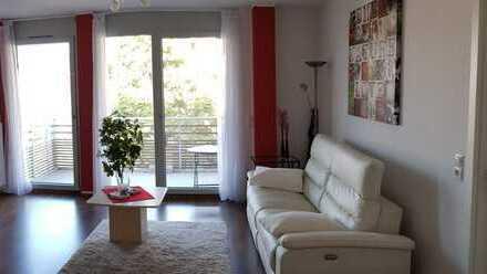 Neuwertige, sonnige 2-Zimmer-Wohnung mit Balkon und EBK Nähe Freiburg