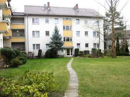Maklerfrei ! Sofort beziehbar! Gepflegte 2-Raum-Wohnung mit Balkon in Berlin-Lichterfelde (Steglitz)