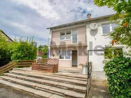 Großzügiges Zuhause für 1-2 Familien mit Garten, Terrasse, 2 Balkonen und Garage